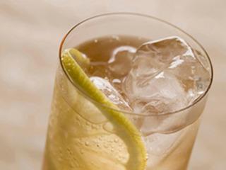 グラスに入ったレモンサワー